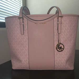New with tags Michael Kors Center Stipe Tote